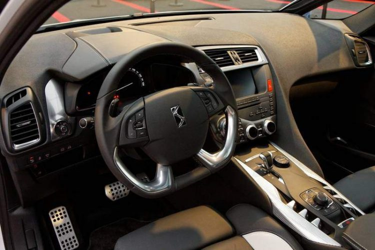 citroen-interni-ds5_800x533